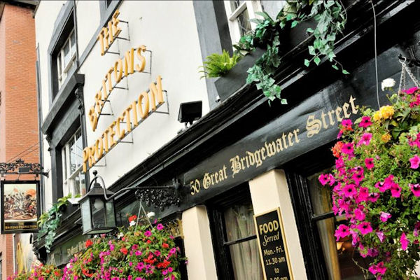 Pubs near Bridgewater Hall ~ Britons Protection Manchester